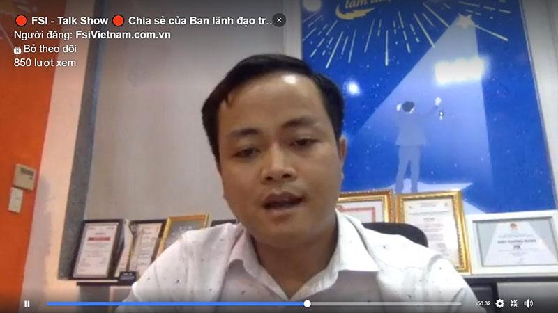 Anh Nguyễn Hùng Sơn chia sẻ tại buổi talk show