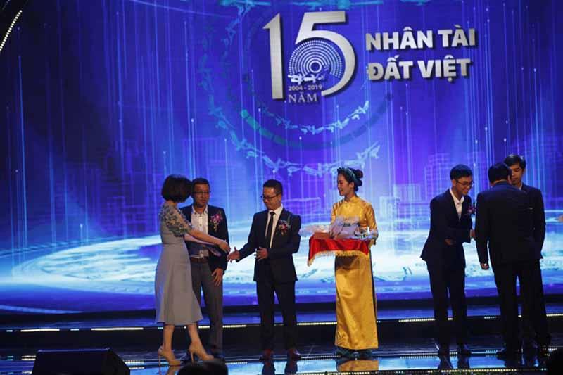 Hệ thống số hóa D-IONE vinh dự đạt giải Ba Nhân tài Đất Việt 2019